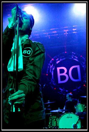 2003-12-19 - Broder Daniel performs at Lisebergshallen, Göteborg