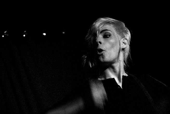 2007-01-22 - The Sounds performs at Monto Water Rats, London