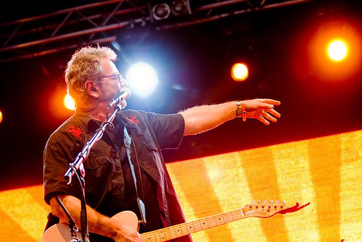 """2007-06-28 - """"Sång till friheten"""" Björn Afzelius 60 år! performs at Peace & Love, Borlänge"""
