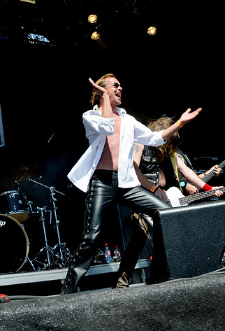 2008-06-06 - Axewitch performs at Sweden Rock Festival, Sölvesborg