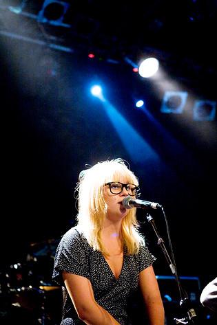 2008-08-15 - Polly Tones spelar på Hamnmagasinet, Umeå