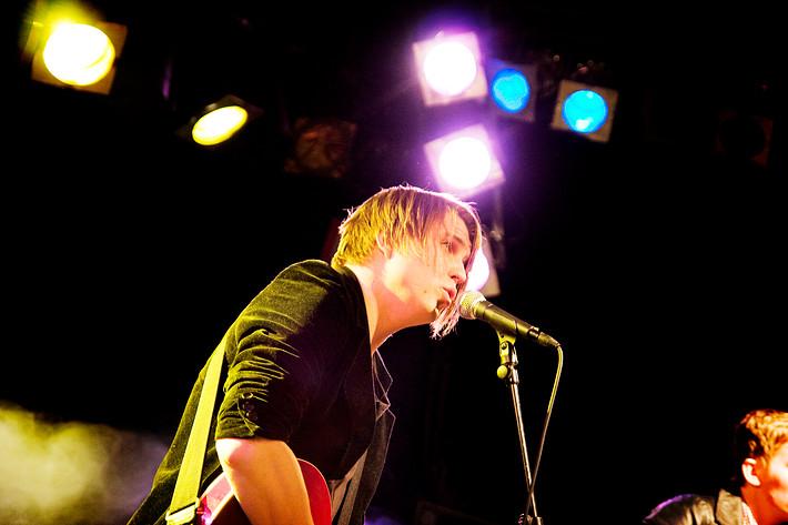 2008-11-21 - Markus Krunegård performs at Sigurdsgatan 25, Västerås