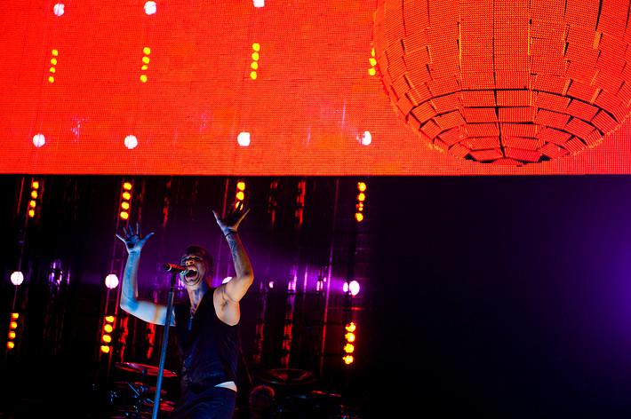 2010-01-31 - Depeche Mode performs at Globen, Stockholm