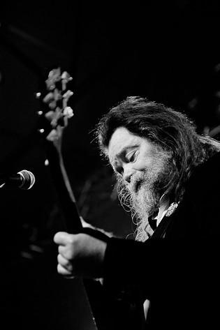 2010-12-14 - Roky Erickson spelar på Münchenbryggeriet, Stockholm