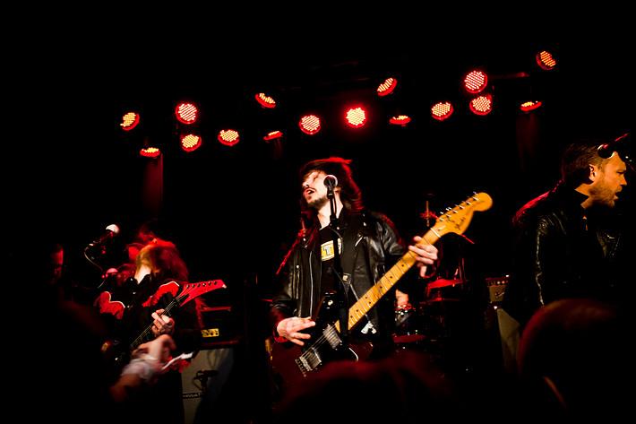 2011-03-18 - Sator spelar på Guitars, Umeå