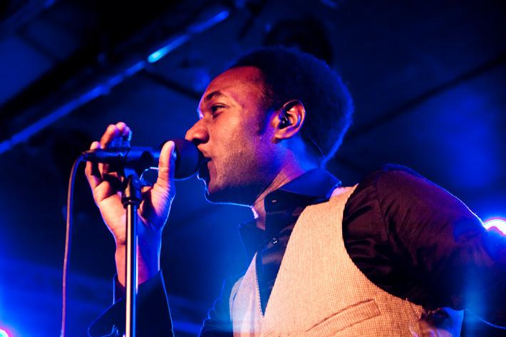 2011-04-16 - Aloe Blacc & The Grand Scheme spelar på Debaser Hornstulls Strand, Stockholm