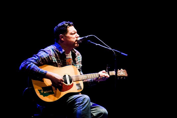 2011-04-19 - Damien Jurado spelar på Södra Teatern, Stockholm