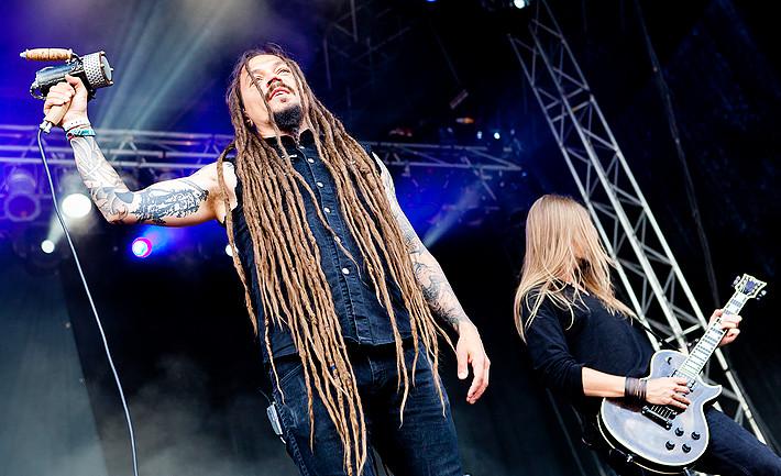 2011-07-08 - Amorphis spelar på Getaway Rock, Gävle