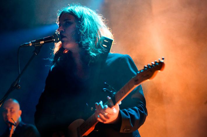 2011-11-04 - Katharina Nuttall spelar på Debaser Medis, Stockholm
