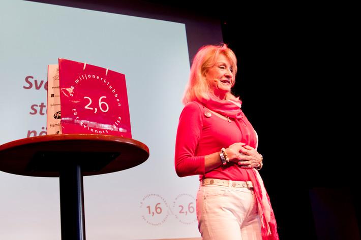 2012-06-27 - Alexandra Charles performs at Peace & Love, Borlänge