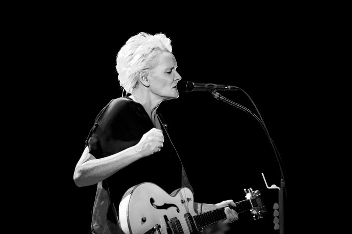 2012-11-02 - Eva Dahlgren performs at Lisebergshallen, Göteborg