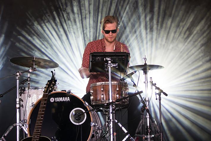 2013-07-06 - Ásgeir Trausti spelar på Roskildefestivalen, Roskilde