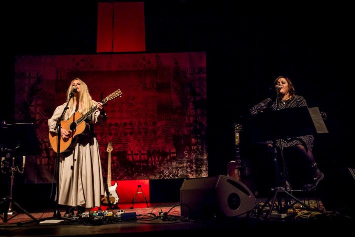 2014-05-16 - Lisa Miskovsky performs at Sagateatern, Umeå