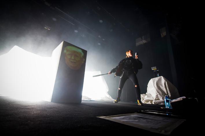 2016-11-18 - Silvana Imam spelar på Idun, Umeå