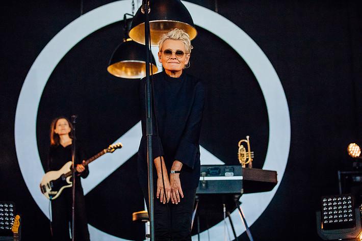 2017-08-12 - Eva Dahlgren spelar på Way Out West, Göteborg