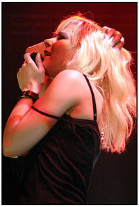 2003-08-10 - The Sounds performs at Gbg Kalaset, Göteborg