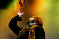 2004-07-17 - The Soundtrack Of Our Lives spelar på Arvikafestivalen, Arvika
