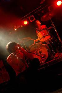2004-10-03 - The (International) Noise Conspiracy spelar på Debaser Slussen, Stockholm
