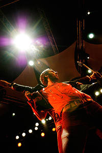 2005-08-24 - The (International) Noise Conspiracy spelar på Malmöfestivalen, Malmö
