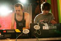 2005-07-14 - Slagsmålsklubben spelar på Arvikafestivalen, Arvika