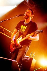 2007-06-28 - Mustasch spelar på Peace & Love, Borlänge