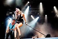 2009-06-26 - The Sounds spelar på Peace & Love, Borlänge