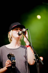 2009-07-04 - Anna Ternheim performs at Arvikafestivalen, Arvika
