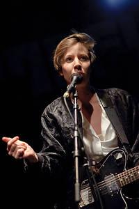 2011-01-30 - Britta Persson spelar på Kulturfabrik Kofmehl, Solothurn