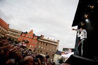 2011-07-30 - Håkan Hellström spelar på Storsjöyran, Östersund