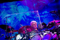 2011-12-09 - Yes performs at Solnahallen, Stockholm