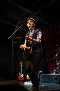 2013-10-14 - Ulrik Munther spelar på Arenan, Stockholm